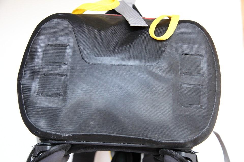 ortlieb elevation le sac dos tanche. Black Bedroom Furniture Sets. Home Design Ideas