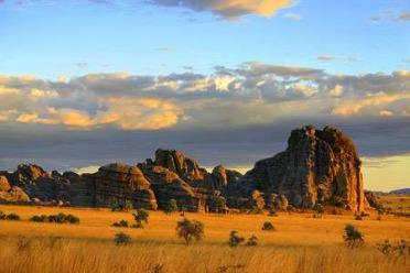 Aventure et trek à Madagascar: Tsingy, Isalo, Makai!!!