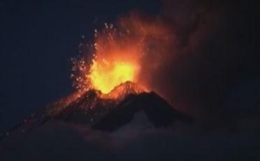 Eruption du Llaima au Chili