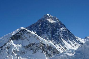 La flamme éteinte au sommet de l'Everest