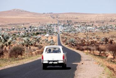 Un Roadtrip à Madagascar en 404!