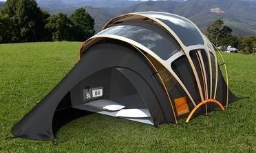 Une tente à énergie solaire